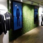 Moswand van rendiermos geeft een natuurlijke uitstraling aan uw winkelinrichting